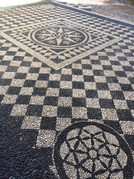 MUSIVARIUS - Laboratorio di Rissêu e mosaico artistico - Maestro Luciano Bonzini
